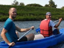 Aj Robo bol už vlani, no a Pišta probuje, či sa udrží v kanoe :)